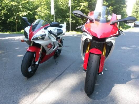 Yamaha R1 1998 und 2015