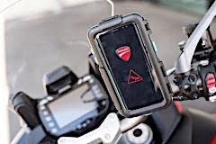 ducati-multistrada-1200-enduro-is-the-first-bike-capable-of-talking-to-cars_6
