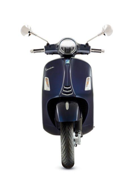 01 Vespa GTS