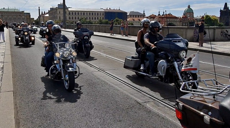 2019-prague-harley-days-spanila-jizda