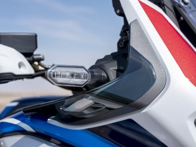 2020-Honda_Africa_Twin_Adventure_Sports- (11)