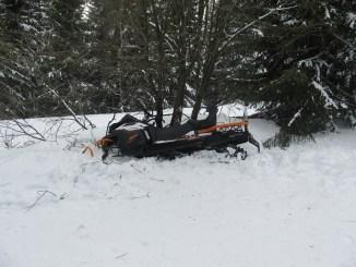 nehoda-snezny-skutr-policie-hleda-svedky-cerny-dul-1