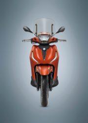 06-Piaggio-Beverly-400-hpe-S-768x1075