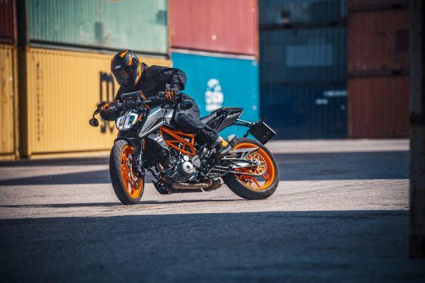 KTM představuje nové modely Duke pro rok 2021