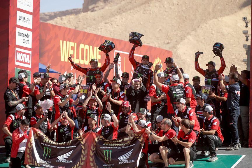 Ze zákulisí dakarského vítězství týmu Honda