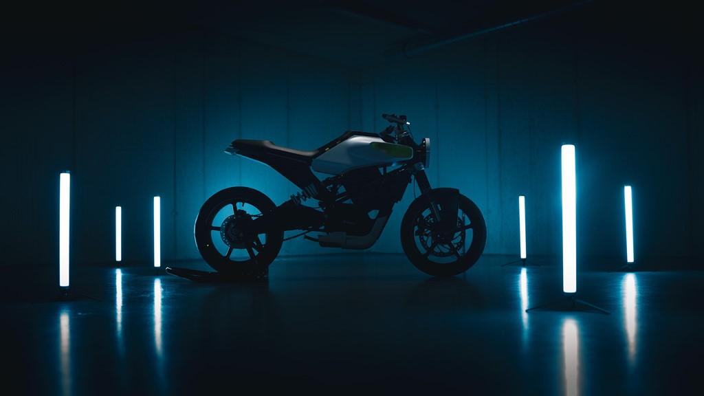 Motocykly HUSQVARNA vstupují do světa elektrické mobility s konceptem E-Pilen