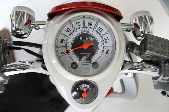 速度インジケーター 速度計 タコメータ スピード メーター タコ 車両 速度 電源 オートバイ