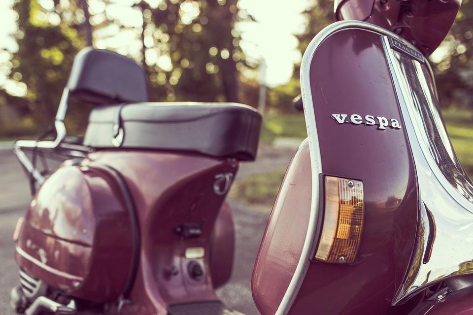 ベスパ オートバイ スクーター トランスポート 車両 交通 レトロ ビンテージ 原付