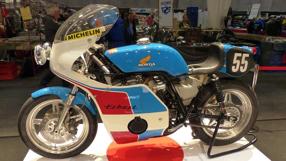 展 フェア オートバイ オールドタイマー 古いオートバイ
