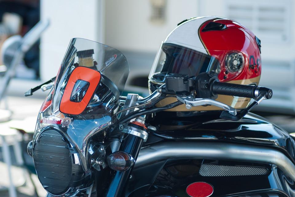 オートバイ ヘルメット モト 速度 男 街 自転車 スポーツ ファンタジア