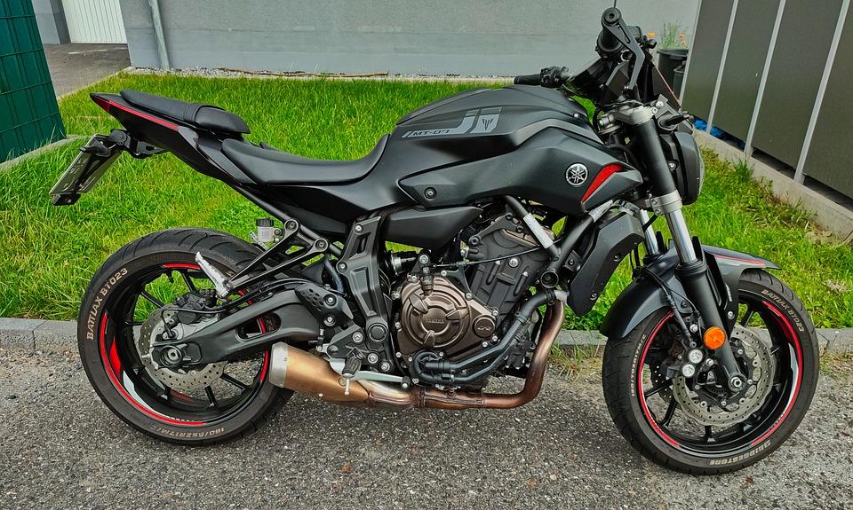 オートバイ バイク 車両 駐車
