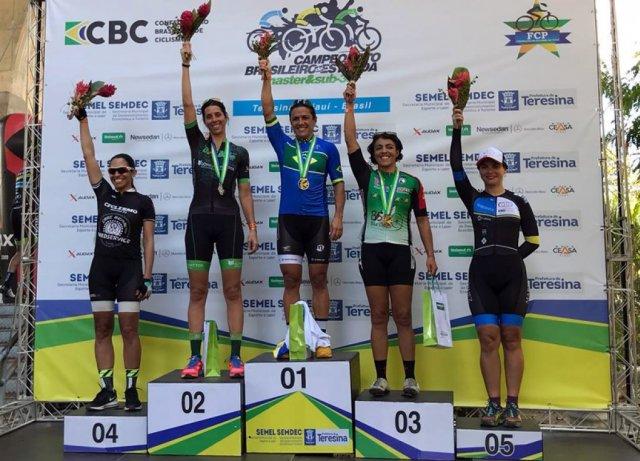 Brasileiro de Ciclismo de Estrada Master e Sub30 reúne mais de 300 atletas no Piauí.jpg