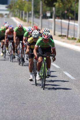 Ciclistas em prova de Resistência em Teresina