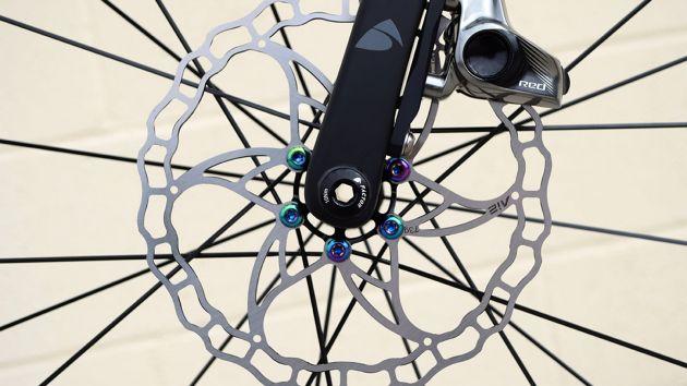 Fairwheel Bikes' Factor O2 Disc (6)