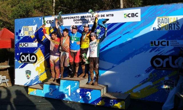 Lucas Bertol e Lais Rezzadori são campeões brasileiros de Downhill no Rio Grande do Sul1