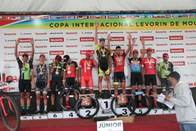 Gustavo largou pela manhã, chegou em 3º lugar e continua líder da Copa. Foto Equipe Audax.