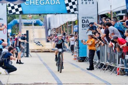 Festival da Bicicleta no Memorial Luiz Cocuzzi e Giuliana Morgen são campeões de MTB Short Track (2)