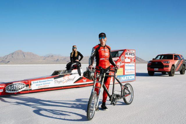 Vídeo  Norte-americana estabelece recorde mundial de velocidade a 296kmh (3).jpg