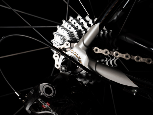 Edição limitada do quadro Colnago em parceria com a Size e Adidas (3)