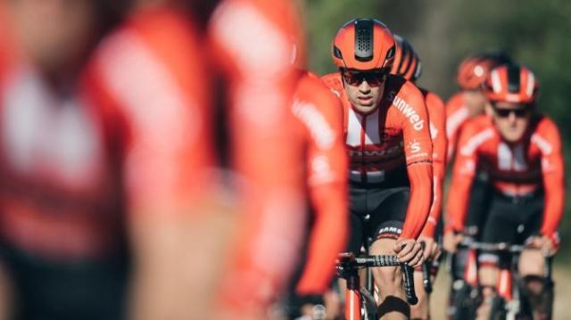 Team Sunweb revela novo uniforme vermelho para 2019 (6).jpg