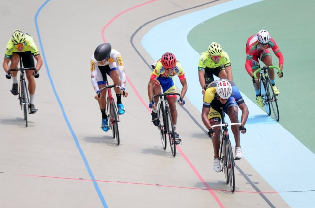 Wellington dominou a Keirin.jpg