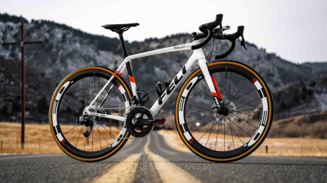 A equipe Rally-UHC apresenta sua bicicleta Felt para 2019 (11)