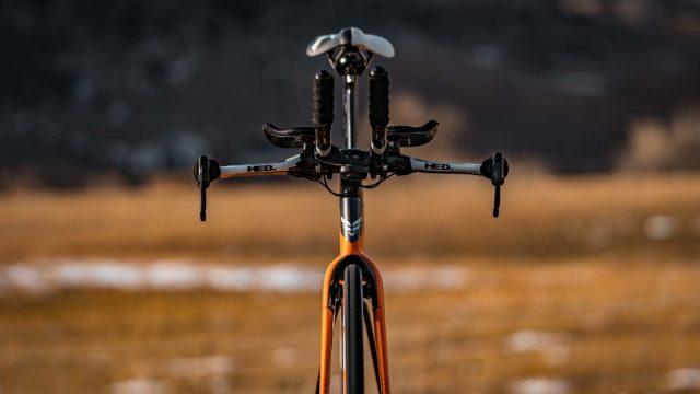 A equipe Rally-UHC apresenta sua bicicleta Felt para 2019 (2)