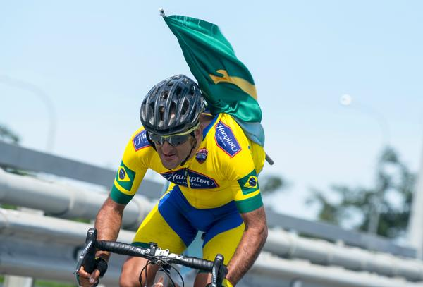 Mixirica vai pedalar 8 horas seguidas na Praça do Ciclista(Divulgação).jpg