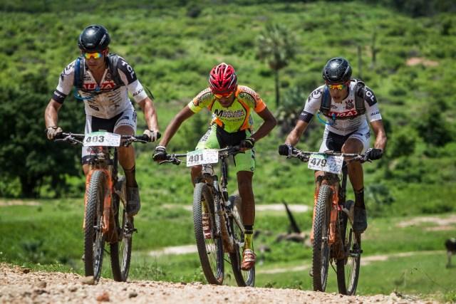 No circuito das Bikes em Iguatu (CE), o sol foi o maior desafio (5).jpg