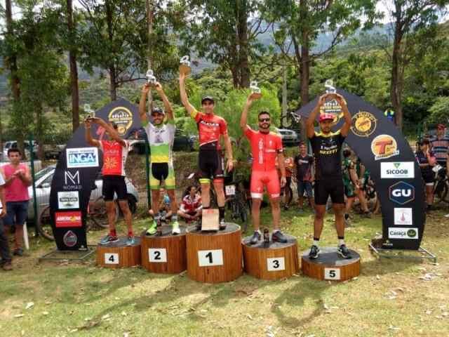 Campeão na 'Master A1 e vice-campeão geral, Danilo Henrique. Foto Arquivo Pessoal.