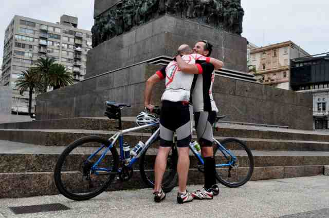 Bike&Wine_Montevideo_Artigas_Crédito Andreia Fadanelli_02.JPG