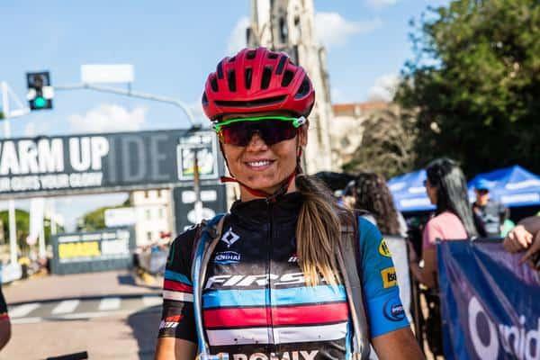Juliana, vice-campeã (Wladimir Togumi Brasil Ride)