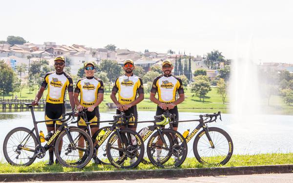 Quarteto da Promax Bardahl (Leandro Souza  Divulgação).jpg