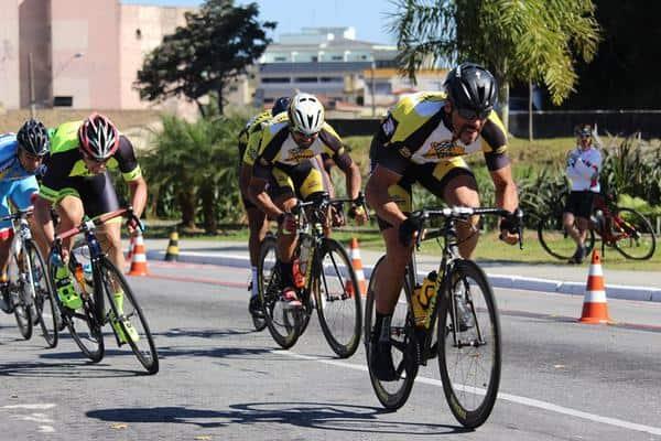 Promax Bardahl domina pódio do Desafio Mazza de Ciclismo em dia de vitória de Emerson Hernachi (2)