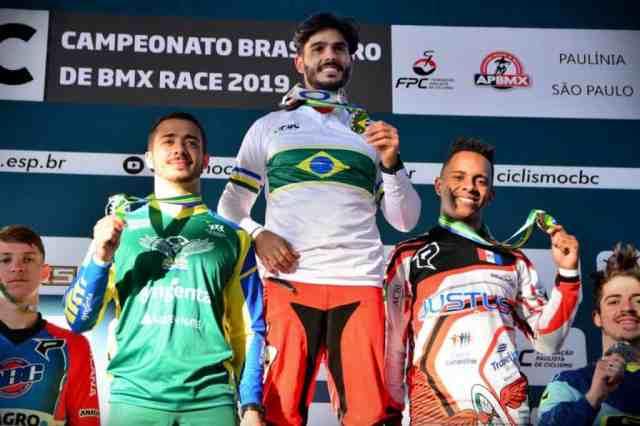 Renato Rezende e Paola Reis dominam provas e são campeões brasileiros de BMX Race (3).jpeg