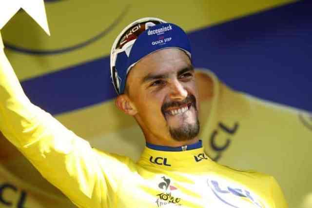 Tour de France 2019 16ª etapa – Alaphilippe com a camisa amarela