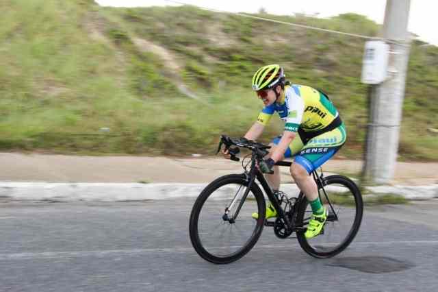 ciclista-em-acao-copa-norte-e-nordeste