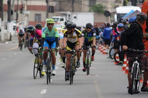 promax-bardahl-tem-2-ciclistas-no-podio-e-lideranca-mantida-na-copa-penks-de-ciclismo (4)