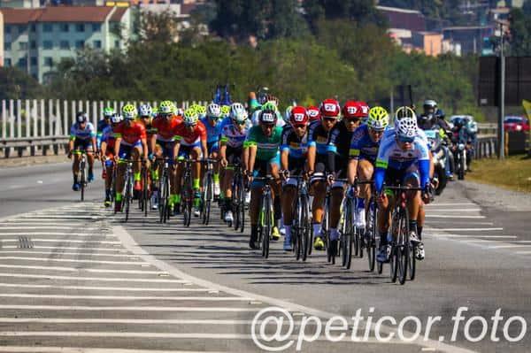 11º-circuito-montanhes-de-ciclismo-tera-200-ciclistas (2)
