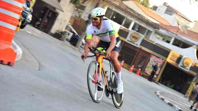 4ª-volta-ciclística-internacional-de-guarulhos-igor-molina-vence-o-prologo (1)