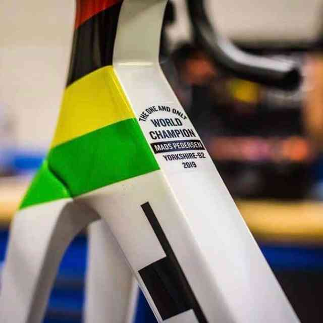 a-bike-do-campeao-do-mundo-de-estrada-2019 (10)