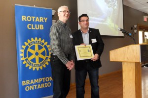 David receiving certificate fr Rotary Brampton_750