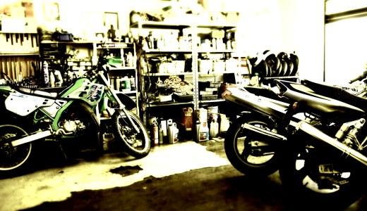バイクガレージで最初に買うべきアメリカン雑貨