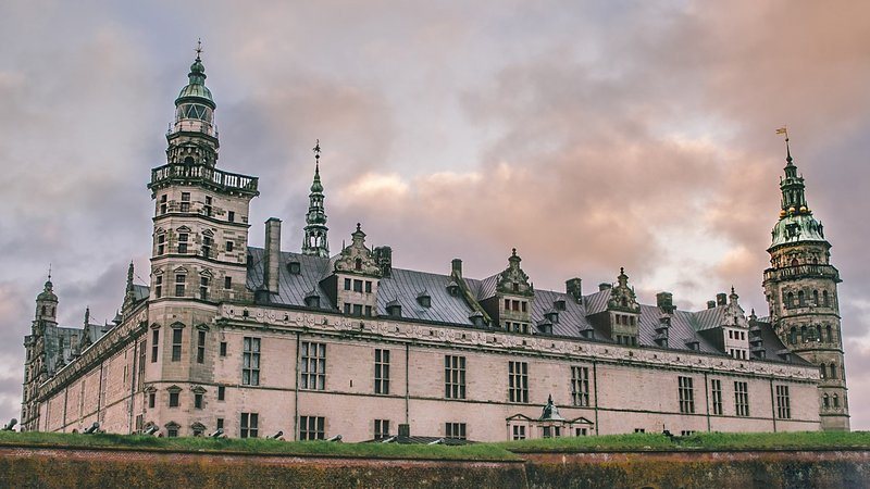 Experience Kings, Castles and Vikings on a Full-day excursion in luxury car