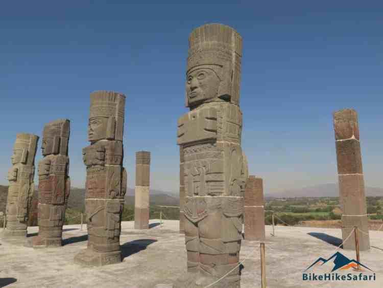 Tula statues