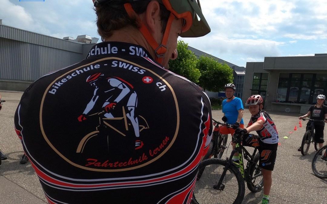 Fahrtechnik mit Bikeschule SWISS