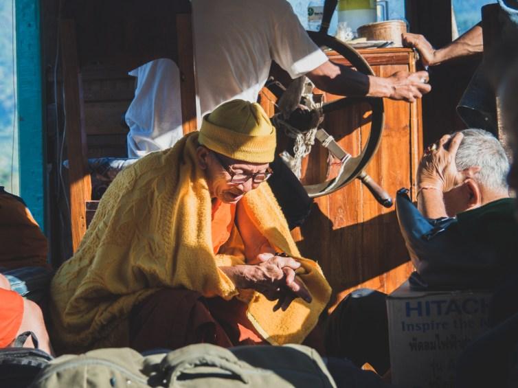 Mnich na palubě