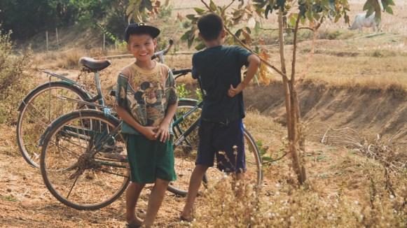Burmese Boys, Hpa-An