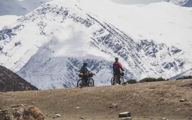 Malí a vlecí. Gunsang, Nepál