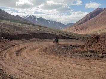 First turns in Kyrgyzstan. Kizil Art Pass, Kyrgyzstan Frontier